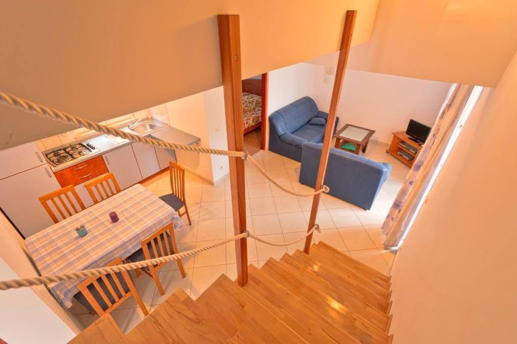 Apartment D (4+1)